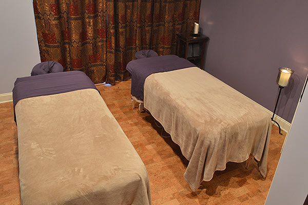 Couples Massage from Centre Ave. Massage & Spa